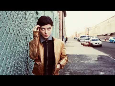 Sharon Van Etten - New York, I Love You But You're Bringing Me Down