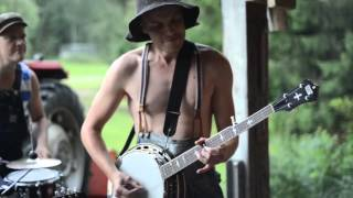 Thunderstruck by Steve'n'Seagulls LIVE mp4