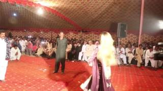 desi shadi dance on beautiful saraiki song koi rohi yad krendi shafa ullah rokhri zeshaan khan