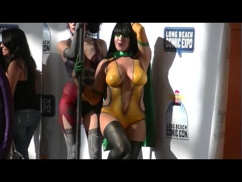 Harley Quinn & Phantom Lady cosplay LBCC 2015
