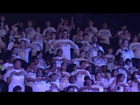 The Lighthouse Family's song 'High',  performed by 5,000 children at Voice in a Million