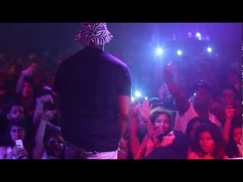 Schoolboy Q lights a blunt on stage and performs Nightmare on Figg St FlyTimesDailycom Exclusive