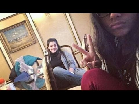 Kajol & Her Daughter Nysa's Fun Selfie thumbnail