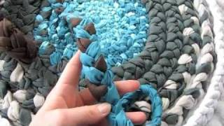 Repeat youtube video How-To: Bathroom Rug from Fabric Braids