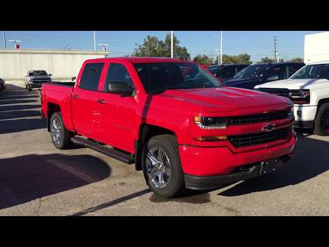 2018 Chevrolet Silverado 1500 Custom 4WD Crew Cab Red Hot Roy Nichols Motors Courtice ON