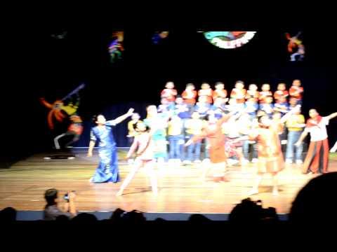 STSN Play 2013- Sabihin Mo Ikaw ay Pilipino