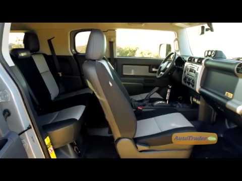 2013-toyota-fj-cruiser-new-car-review-autotrader