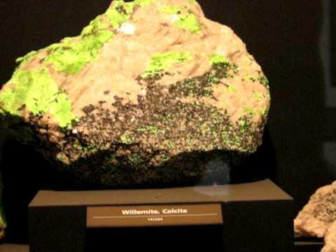 Glowing Minerals