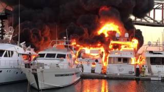Incendio en Port Forum de Barcelona