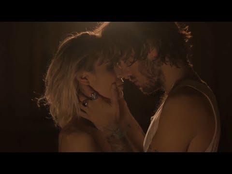 Marlon - Marzo en Febrero feat Ana Fernández (Videoclip Oficial)