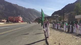 بالفيديو والصور.. هكذا رحّب أبناء قرى آل حنيش بأمير عسير
