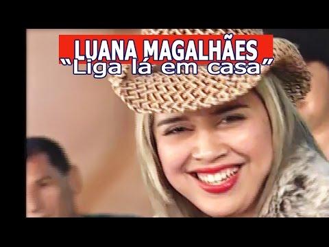 """""""LIGA LÁ EM CASA"""" por LUANA MAGALHÃES"""