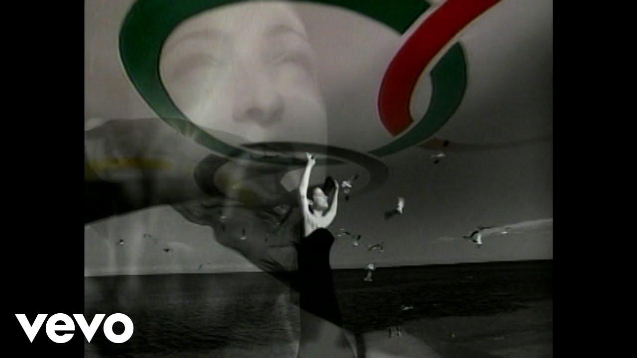 Download Gloria Estefan - Reach