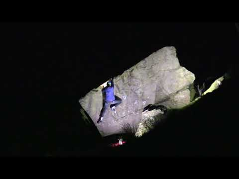 Hanging Wall,7a - Earl Crag