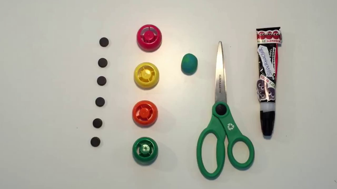 freche freunde upcycling magnete aus quetschie deckel. Black Bedroom Furniture Sets. Home Design Ideas