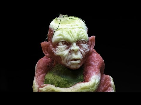 Gollum - Watermelon Carving - The Lord Of The Rings - Classic Edition