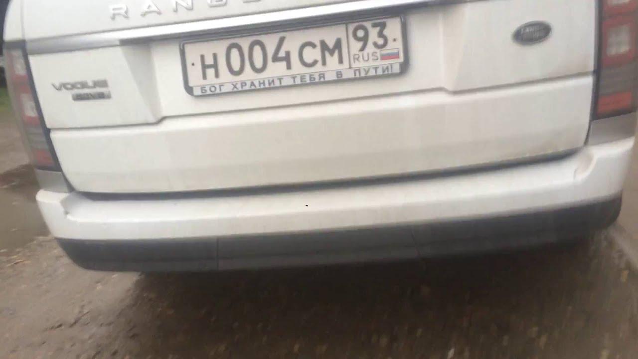 Автохам на Range Rover в Краснодаре протаранил автомобиль и .