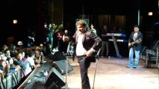 Los Yonics - Inolvidable Amor, Quien Lo Diria, Petalo Y Espinas
