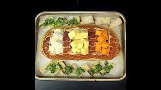 3 Cheesy Fondue Bread Boat