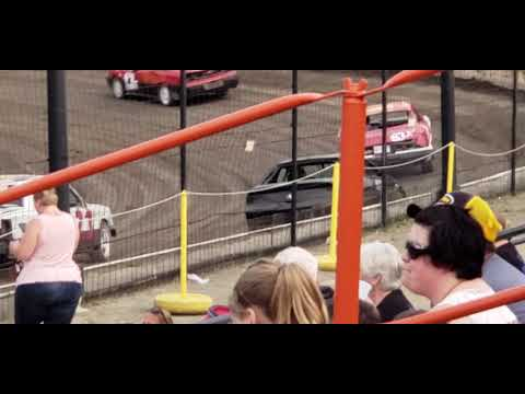 Sycamore Speedway Friday night racing on May, 31 2019 Track Pack