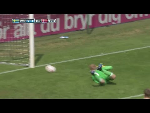 Erlandsson med svagt ingripande - 2-0 till Danmark - TV4 Sport
