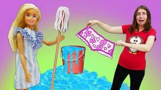 Барби занялась генеральной уборкой! Куклы в Шоу Янехочу вшколу. Барби избавляется от вещей Кена!