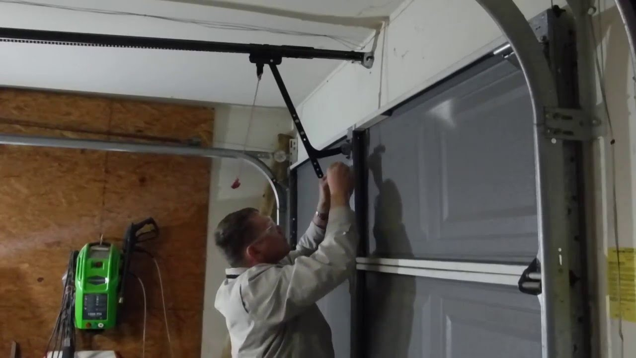 how to open a garage door manuallyFix Garage Door  tried to open a locked door with garage door