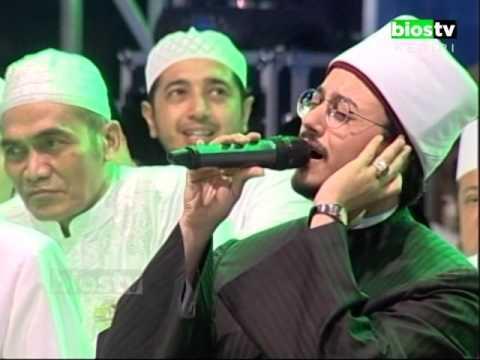 Lirboyo Bersholawat - Suara Merdu Mustafa Atef Bikin Merinding