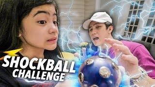 SHOCKBALL CHALLENGE!! (Bro Scared haha!) | Ranz and Niana