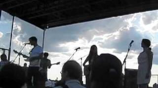 Dirty Projectors- Cannibal Resource live at Williamsburg Waterfront Pool Parties 2009