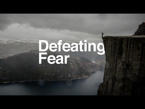 Defeating Fear // Pastor Steve Robinson [Service]