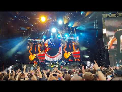 Guns N' Roses – Sweet Child O' Mine (live at Olympiastadion Berlin)