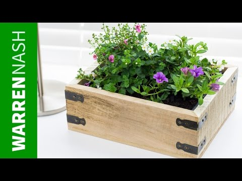 pallet-planter-box---project-plans-&-design---easy-diy-by-warren-nash