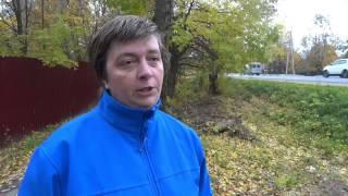Полициейский УАЗик упал на крышу автомобиля жительницы Семхоза