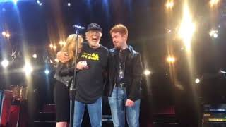 Bob Seger-DTE-Bobs kids on stage