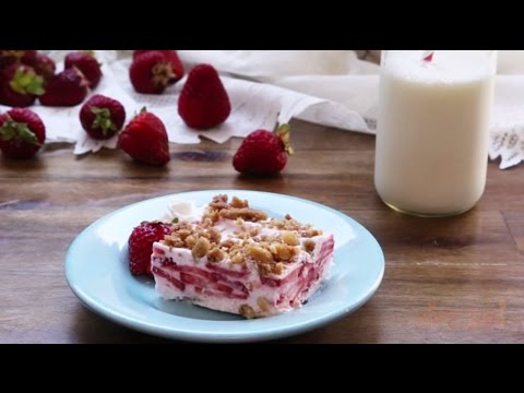 Dessert Recipes - How to Make Frozen Strawberry Squares - YouTube