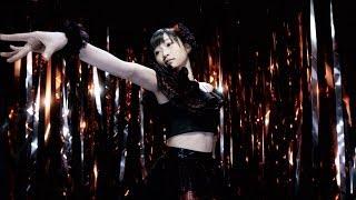 作詞・作曲:つんく 2014年3月19日発売の両A面3rdシングルから『裸の裸...