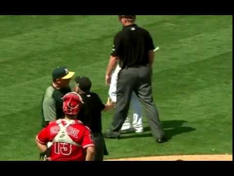Matt Chapman gets ejected in the 4th inning