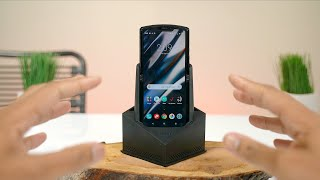 Motorola RAZR Unboxing! (2020) - The $1500 Foldable Phone