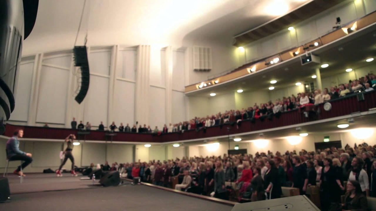 markus-krunegard-askan-ar-den-basta-jorden-filadelfiakyrkan-universal-music-sweden
