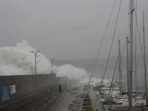 Huge waves in the Black sea, Yacht club Varna