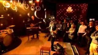 PJ Harvey - Interview + The Last Living Rose live