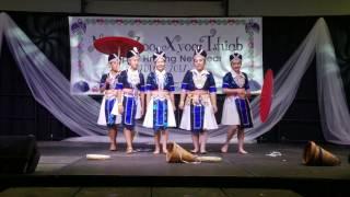 Colorado Hmong New Years 2016-2017 : Ntxhais Hli Xiab Performance