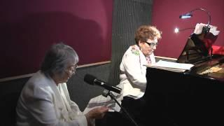 Baixar Silent Night - Maria Angela Weir Piano &  Agnes Dio vocals