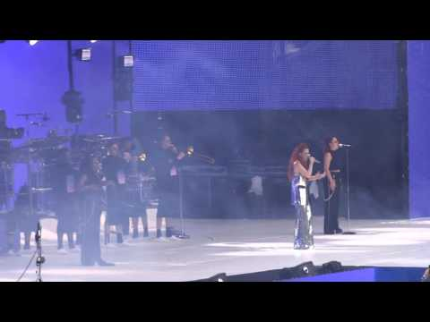 Jess Glynne - Right Here - Capital Summertime Ball - 11.06.2016