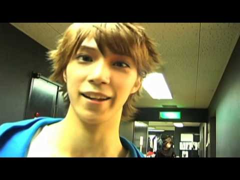 Prince Of Wonder Town Stage Play - Mao - Interview