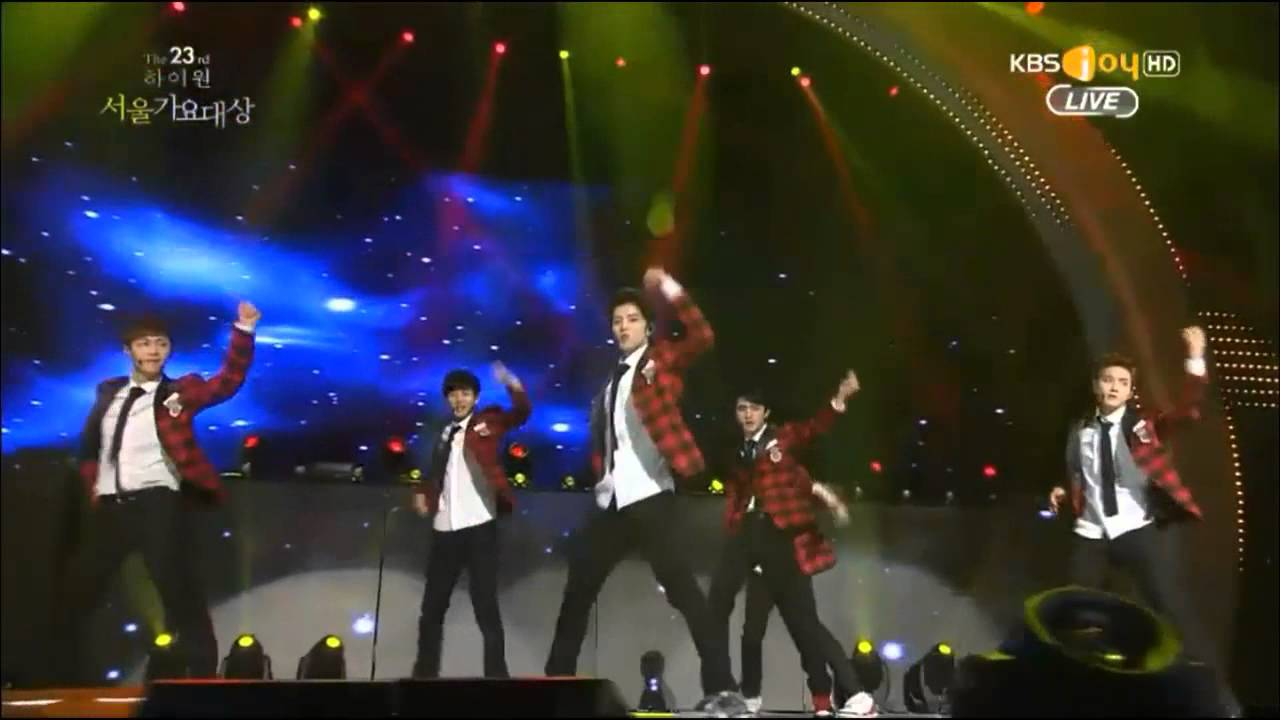 Download 140123 EXO - Let out the beast + Wolf + Growl + Daesang Award @ Seoul Music Awards 2014