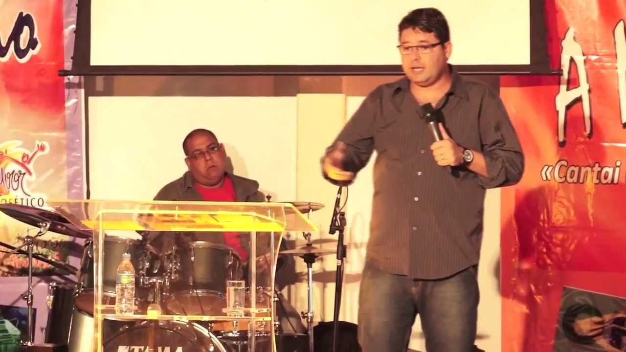 Louvor Profetico 2013 - Pregação: Adoradores ou Artistas Gospel - Pr André Santana - Filhos Benditos