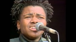 "Tracy Chapman - ""Talkin' About A Revolution"" (Official Music Video)"