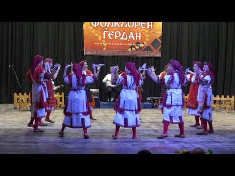 "Folk Ensamble ""Megdan"", Bogdanci, Macedonia - Mariovska tresenica (children group)"